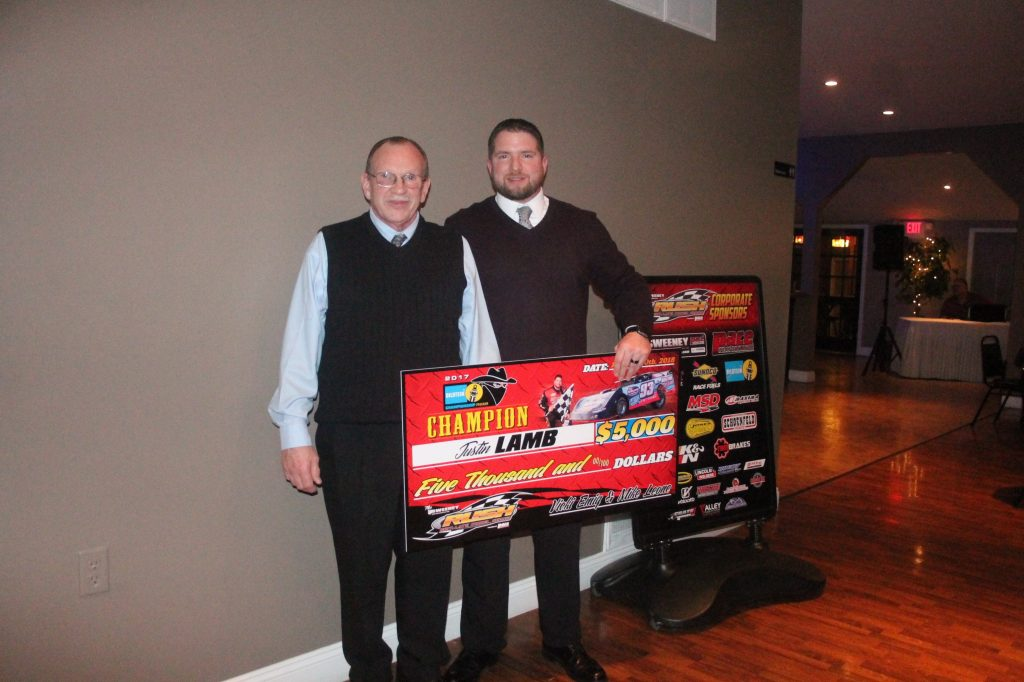 Justin Lamb with his father Rick accepting the $5000 Bilstein Bandit Championship.